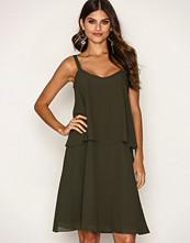 Selected Femme Mørk grønn Sffucia Strap Layer Dress Ex