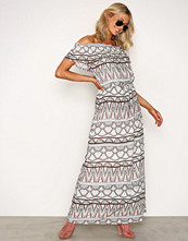 Vila Hvit Viethnico Offshoulder Maxi Dress