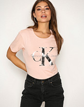 Calvin Klein Peachy Tanya-16 Cn Lwk S/S