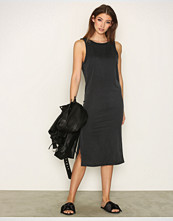 Moss Copenhagen Dark Grey Kalua Akela Dress
