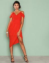 Ginger Fizz Red True Romantic Drape Dress