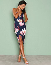 Ginger Fizz Navy/Floral Boquet Dreams Midi Dress