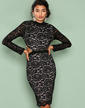 Love Triangle Black Back To Black Lace Dress