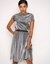 Jacqueline de Yong Svart Jdymesh Skirt Jrs