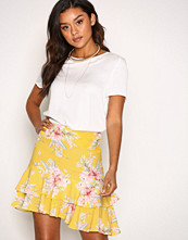 New Look Yellow Flippy Skirt