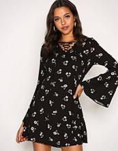 Glamorous Black Flower Floral LS Dress