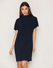 Selected Femme Mørk blå Sfluisa Ss Dress