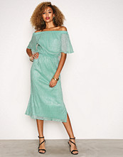 Closet Green Off the Shoulder Gathered Dress