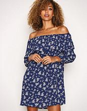 Glamorous Floral Off Shoulder LS Dress