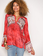 Odd Molly Red Turned On Blouse