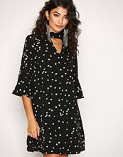Glamorous Black Trumpet Sleeve Dress