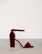 NLY Shoes Burgundy Block Heel Sandal