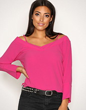 NLY Trend Fuchsia Loose Shoulder Blouse