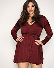 NLY Trend Burgundy Satin Wrapped Dress