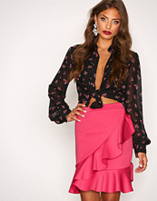 NLY Trend Rosa Frill Skirt