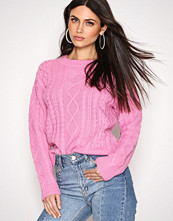 NLY Trend Rosa Cable Knit Sweater