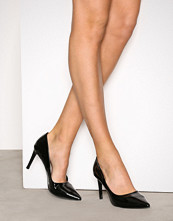 NLY Shoes Black patent Pointy Stiletto Pump