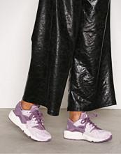 Nike Violet Air Huarache Run Premium