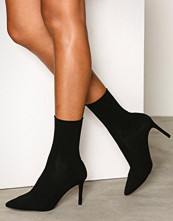NLY Shoes Svart Slim Sock Boot