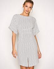 Closet Black/White Kimono Wiggle Dress