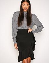 New Look Black Frill Trim Midi Skirt