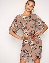 Closet Multi Kimono Wiggle Dress