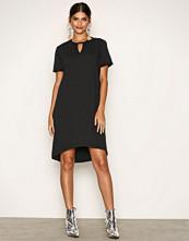 Noisy May Svart Nmfrancis S/S Knee Dress 8X