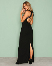 NLY Eve Svart Maxi Crepe Gown