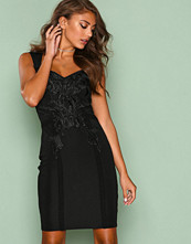 NLY One Svart Sweet Lace Dress