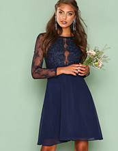 NLY One Mørk blå Whenever Lace Dress
