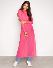 NLY Trend Rosa Covered Mesh Dress