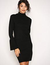 Object Collectors Item Svart Objcarin L/S Knit Dress 92