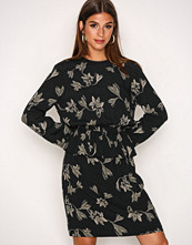 Y.a.s Svart Yaslily 7/8 Dress