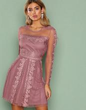 NLY Trend Dark Rose Expose Me Dress