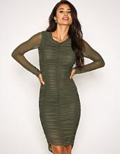 NLY Trend Mørk grønn Ruched Mesh Dress