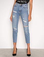 New Look Ripped Mom Jeans