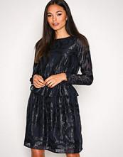 Y.a.s Mørk blå Yascindy Ls Dress