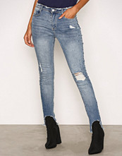 Missguided Blue Mid Rise Skinny Jeans