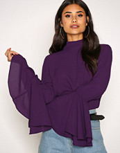 NLY Trend Lilla Circle Sleeve Blouse