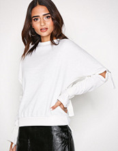 Missguided Cream Cut Out Knitted Jumper