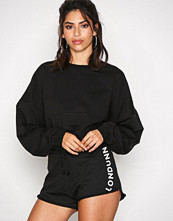 Missguided Black Tie Waist Runner Shorts