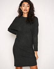 Jacqueline de Yong Mørk grå Jdyblues L/S Dress Knt Sky