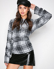NLY Trend Ruter Tie Check Top