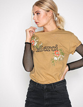 Missguided Mustard Merci Floral T-shirt