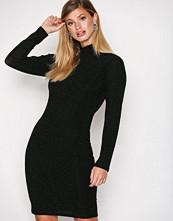 Dry Lake Black Kelly Dress