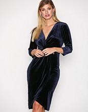 Dry Lake Navy Angelina dress