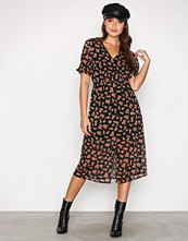 New Look Black Button Front Floral Dress
