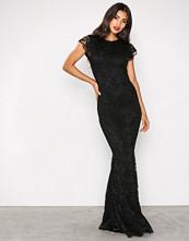 Honor Gold Black Faye Cap Sleeve Maxi Dress
