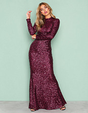 NLY Eve Burgundy Sequin Polo Gown