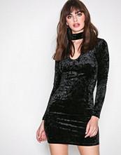 Glamorous Black Long Sleeve Choker Dress